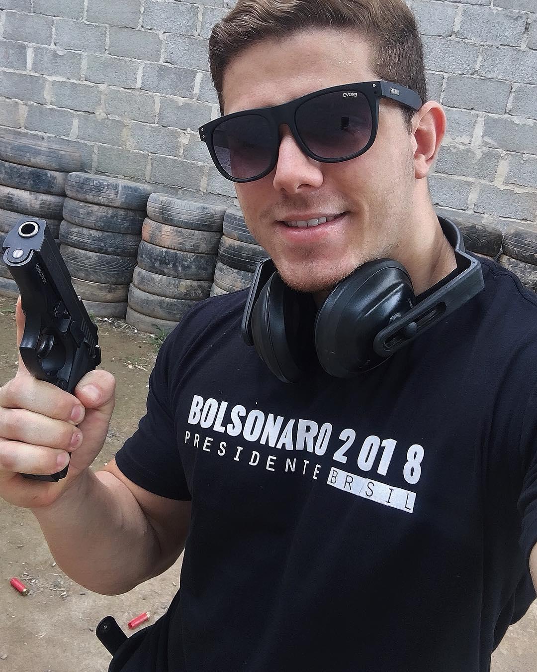 Bolsonaro militante