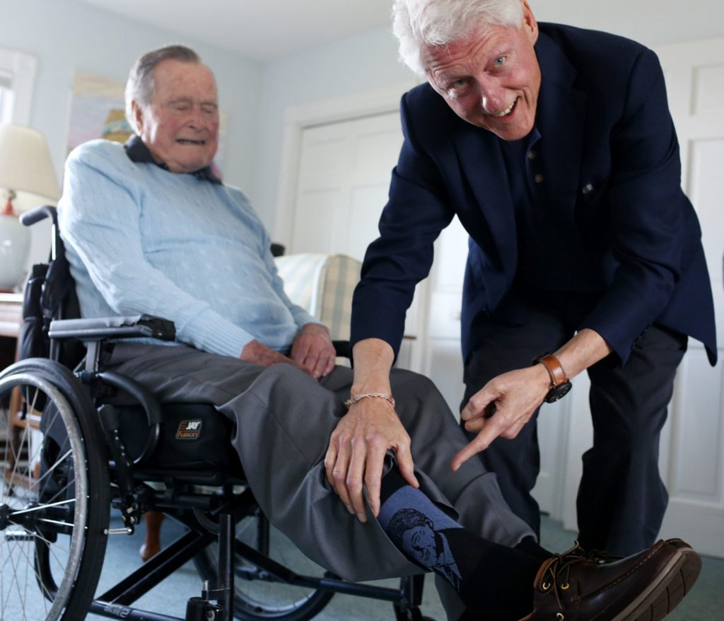 Bill Clinton Pays a Visit to George HW Bush While Giving Him a Pair of Clinton Socks https://twitter.com/GeorgeHWBush/status/1011352833176850437 Credit: George H.W. Bush/Twitter